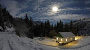 house in winter night 3840x2160 4k 16 9 ultra hd uhd