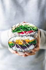 cuisiner sushi vegane sushi sandwiches japanische onigirazu recette bento et