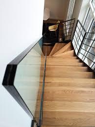escalier garde corps verre escalier métallique et marches bois à paris escalier kolateral