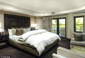 kardashian bedroom khloe kardashian buys home near mom kris jenner bedrooms house