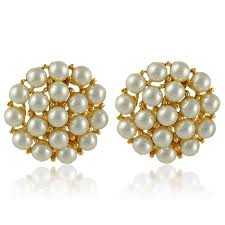1970s earrings 1970s vintage pearl cluster earrings keeva s vintage