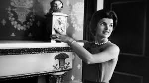 jacqueline kennedy sally quinn on jacqueline kennedy and the white house tour biography