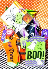 to my boo halloween gift basket