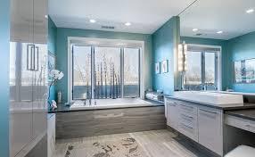 wandfarben badezimmer wand streichen in farbpalette der wandfarbe blau freshouse