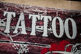 tattoos männer sprüche sprüche die unter die haut gehen s health