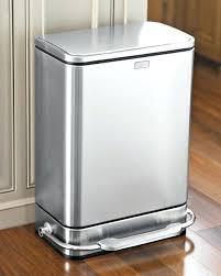 poubelle cuisine inox poubelle inox cuisine conseils et astuces pour choisir une poubelle