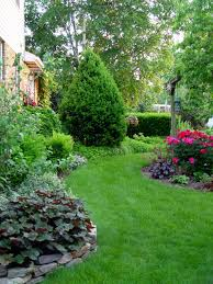 feeding the lawn garden housecalls