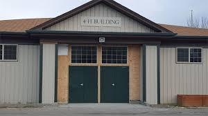 4 h building