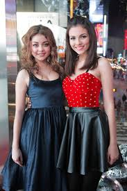 sarah hyland u0026 victoria justice hanging out above times square