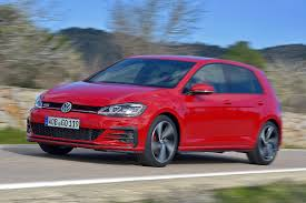 orange volkswagen gti vw golf 7 facelift autobild de