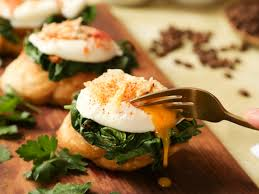 cuisine florentine poached eggs florentine recipe genius kitchen