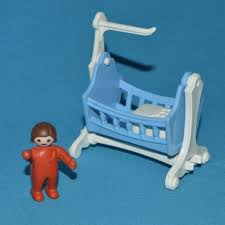 playmobil chambre bébé playmobil berceau bleu chambre bébé époque 5311 5300 5502