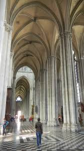facts about notre dame cathedral in amiens gothic architecture