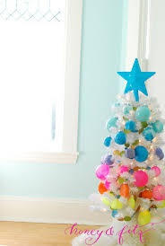 kid friendly craft painted plastic ornaments