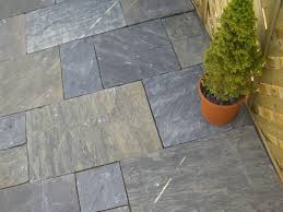 Patio Stone Prices by Indian Stone Flags Sagar Black Charcoal Yorkstone Patio Pack