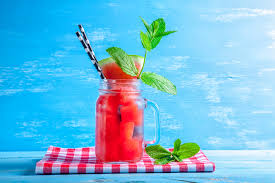 fresh strawberry berryoska cocktail recipe with vodka