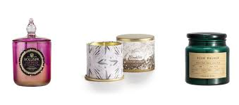 smells like home candles the 15 best christmas candles to make your home smell like the