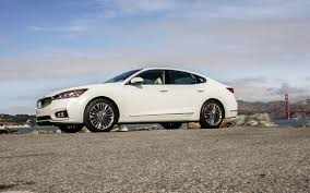 kia 2017 kia cadenza review a sedan delivering beauty tech and value