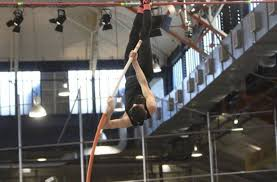 Blind Pole Vaulter Michael Stone The Scarlet Knight Rises North Andover U0027s Erick Duffy On Legendary