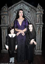 Morticia Addams Dress Brooke Shields Shows Off Her Addams Family Values With Her Kids