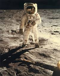 Why getting back to the moon is so damn hard mit technology review