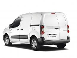 peugeot van royal mail embraces the electric van business vans