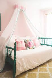 Beautiful Teenage Rooms by 21 Beautiful Girls U0027 Rooms With Canopy Beds