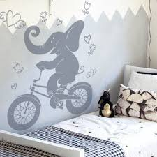 stickers elephant chambre bébé sticker chambre enfant eléphant qui fait du vélo stickers