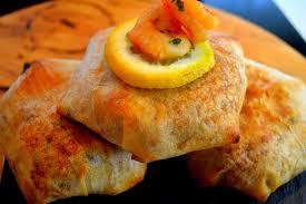 cuisine choumicha poulet recette de mini pastilla au poulet et aux fruits de mer