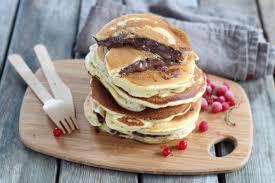 recette pancakes hervé cuisine recette pancakes fourrés au nutella en pas à pas