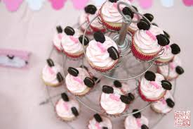 minnie mouse cupcakes 3rd birthday party dessert