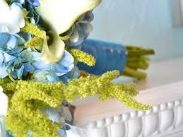 wedding flowers blue and white merrili adam s blue green white wedding flowers calie