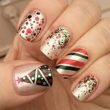 green and red christmas nails by swtandsxy8 sonailicious