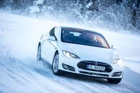 story ice driving with tesla motors in norway gtspirit