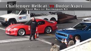dodge challenger vs viper challenger hellcat vs dodge viper