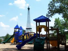 Home Of The Eifell Tower City Of Paris Tn Eiffel Tower Park City Of Paris Tn
