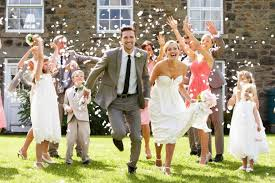 how much do you spend on a wedding ring this is how much guests pay to attend weddings dwym