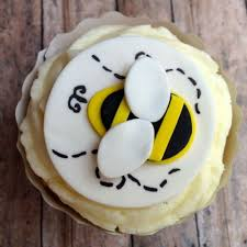bumble bee cupcakes create a buzz with bee cupcake toppers for a birthday or baby shower
