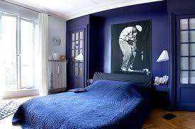 chambre bleu marine mur bleu marine