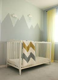 deco chambre montagne déco murale montagne et suspension nuage chambre d enfant
