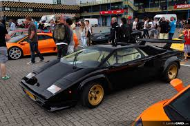 crashed lamborghini countach lamborghini countach black with gold wheels favorite cars