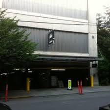 Plan Toys Parking Garage Canada by Parking Garage At Rei 18 Reviews Parking 222 Yale Ave N
