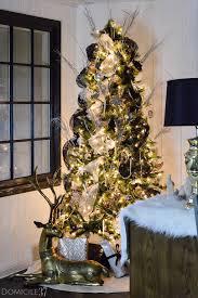 whimsical swan inspired christmas tree domicile 37
