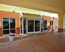 Comfort Suites Newport Ky Comfort Suites Cincinnati Airport Ky Cvg Airport Hotel U0026 Parking