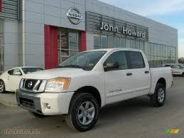 nissan titan king cab for sale 2011 nissan titan sv crew cab 4x4 in blizzard white 308526