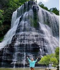 Tennessee waterfalls images 8 stunning waterfalls within a short drive of nashville jpg