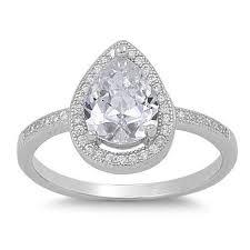 verlobungsringe gold diamant die besten 25 träne verlobungsringe ideen auf