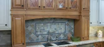 Removing Grease From Kitchen Cabinets Clean Grease Off Your Cabinet Doors Home Cleaning Service Vancouver