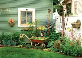 Garden Wall Decoration Ideas Garden Decor Ideas Fabulous Garden Decorating Ideas With Rocks And