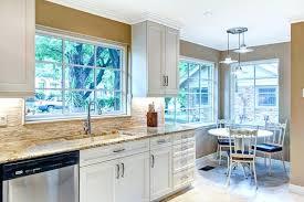 cuisine avec porte fenetre voilage fenetre cuisine voilage porte fenetre cuisine voilage pour